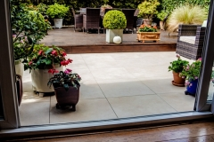 Balance self levelling pedestals on patio to door threshold