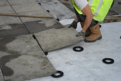 How to lay slabs onto paving pads