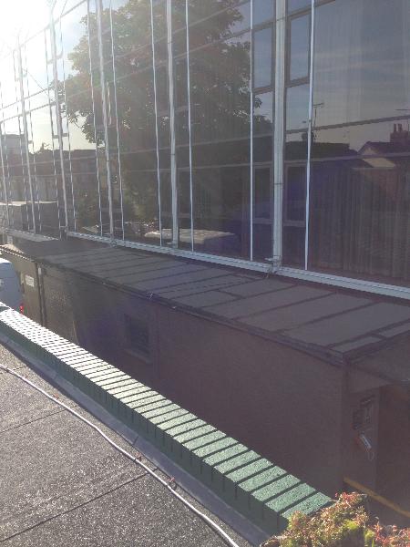 Radisson Blu Green Roof Project In Heathrow Wallbarn