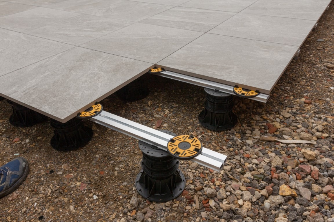 Rail system for paving applications