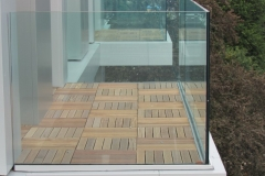 Balcony construction with hardwood timber tiles