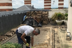 How to refurbish a terrace with timber tiles step 1