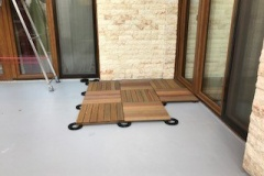 Refurbishment of domestic terrace Romania using tiles
