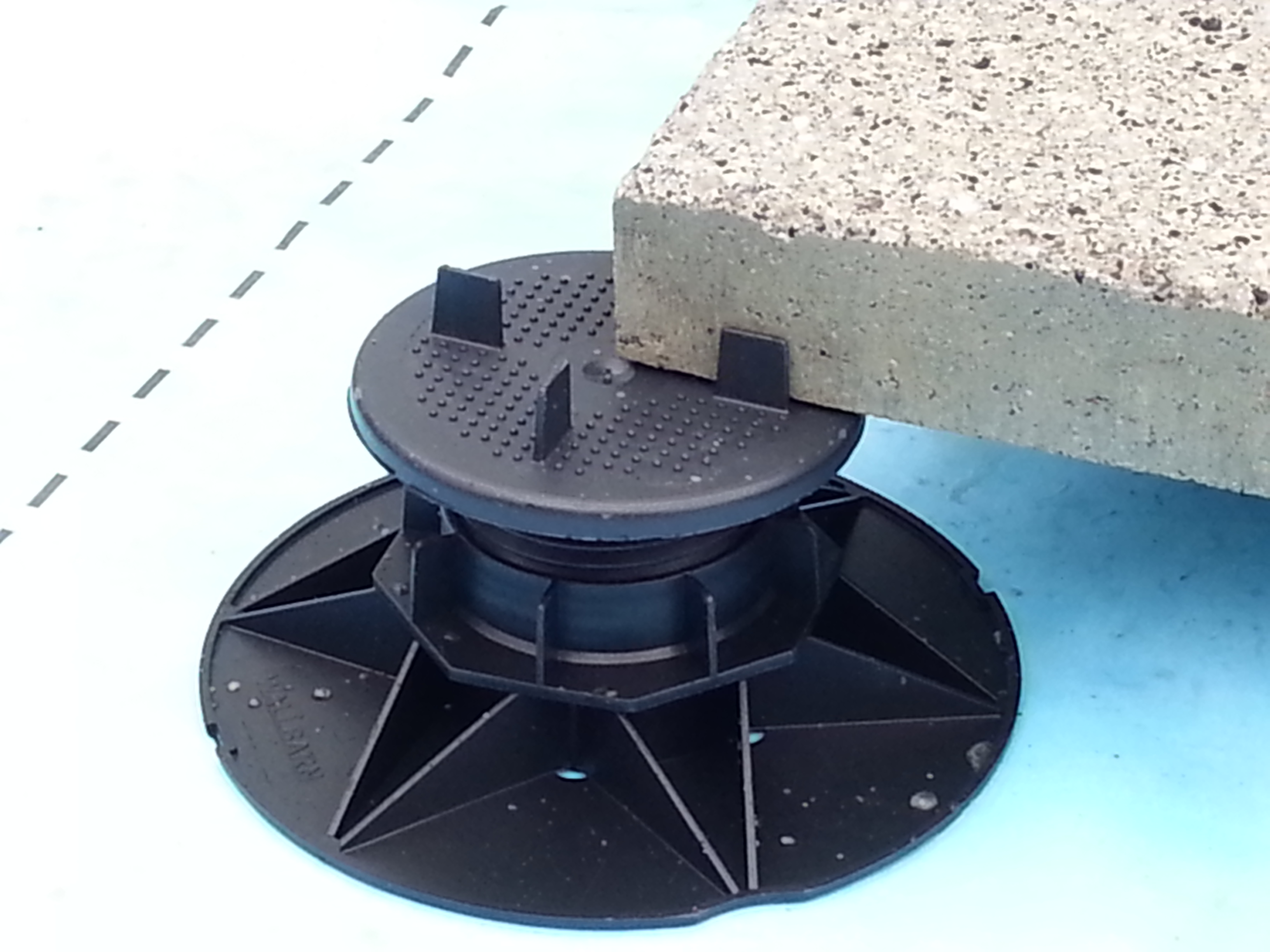 Asp Adjustable Pedestal In Close Up Wallbarn