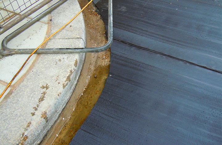 Waterproof membrane installation at London Aquarium