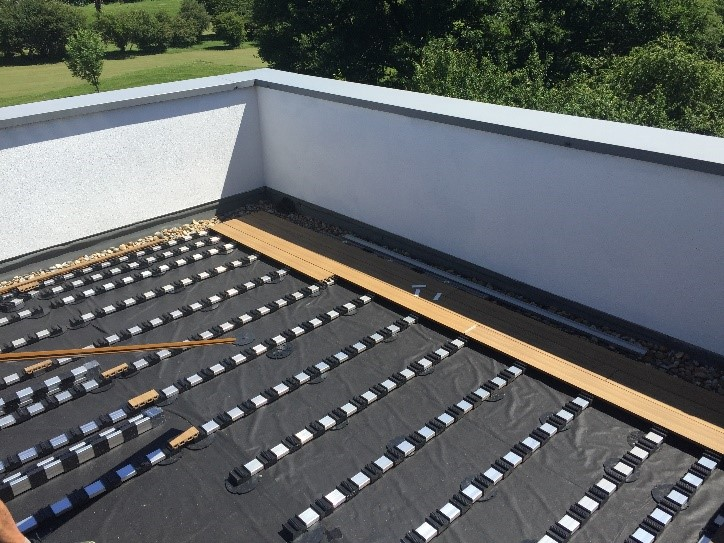 An image of a decking installation at Earlsfield, London