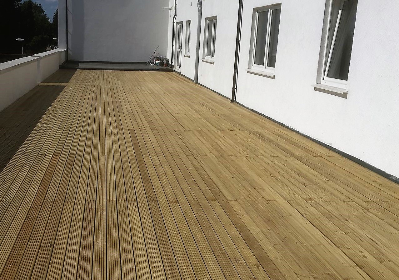 An image of a completed decking installation