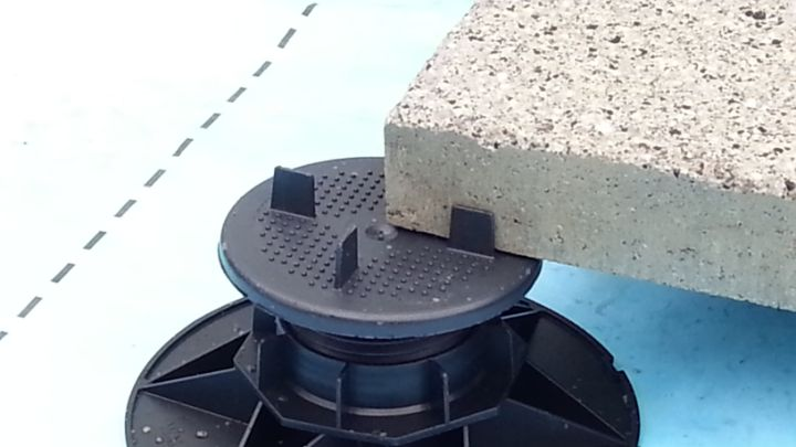 ASP adjustable paving pedestal