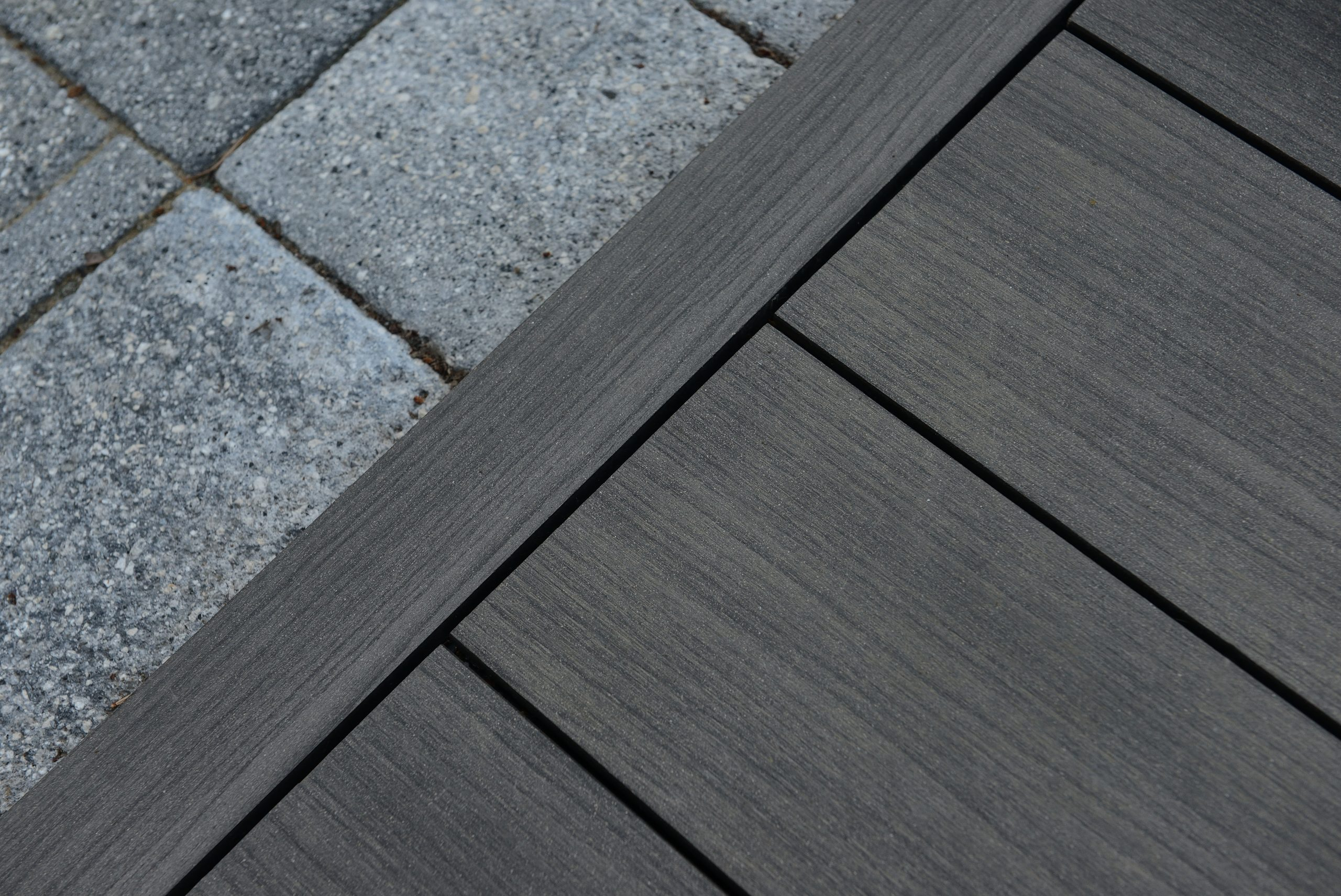 composite decking Moor Oak decking step profile