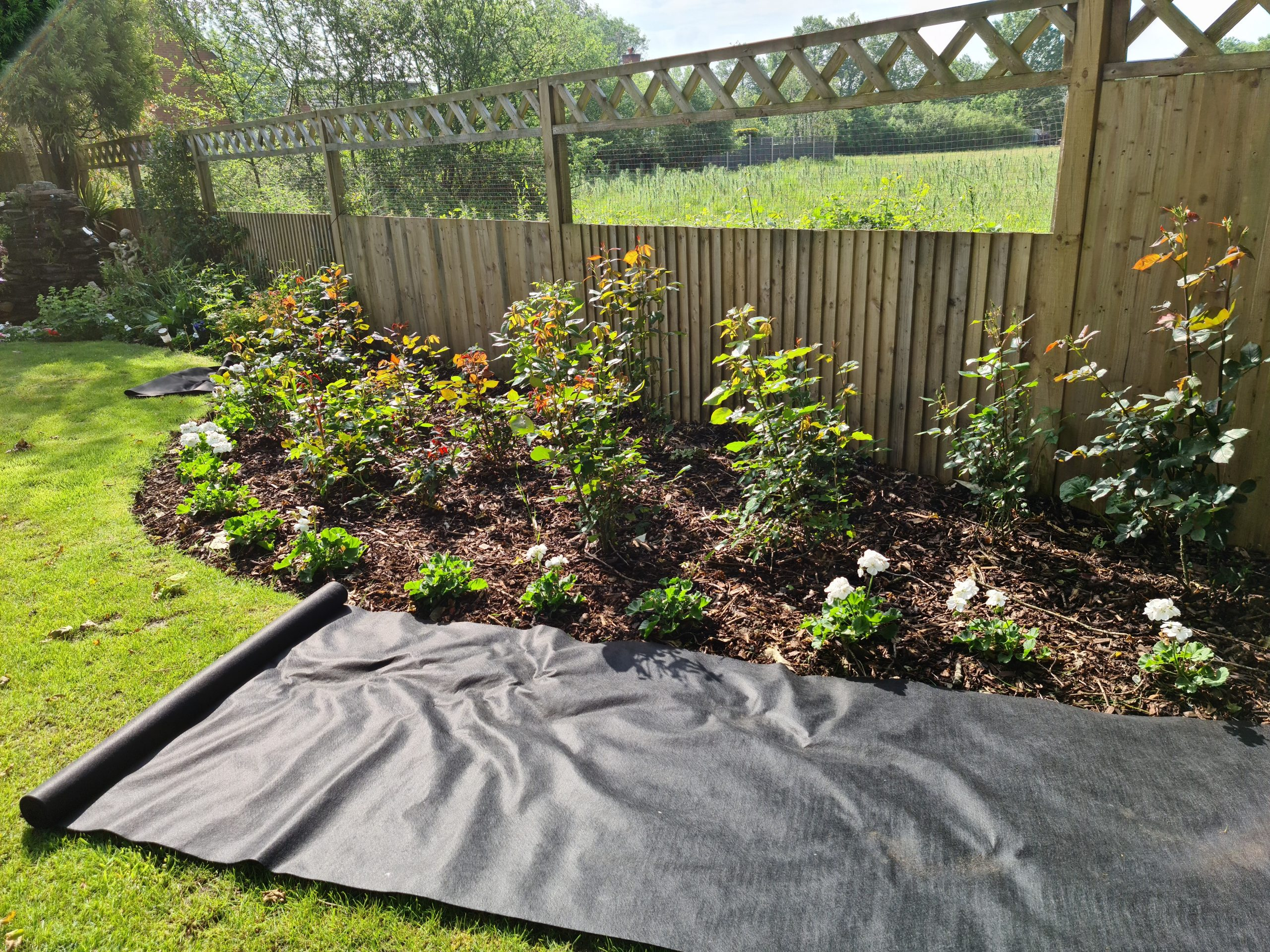 Flortex fabric for weeds