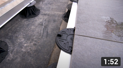How to lay porcelain tiles with our rail system